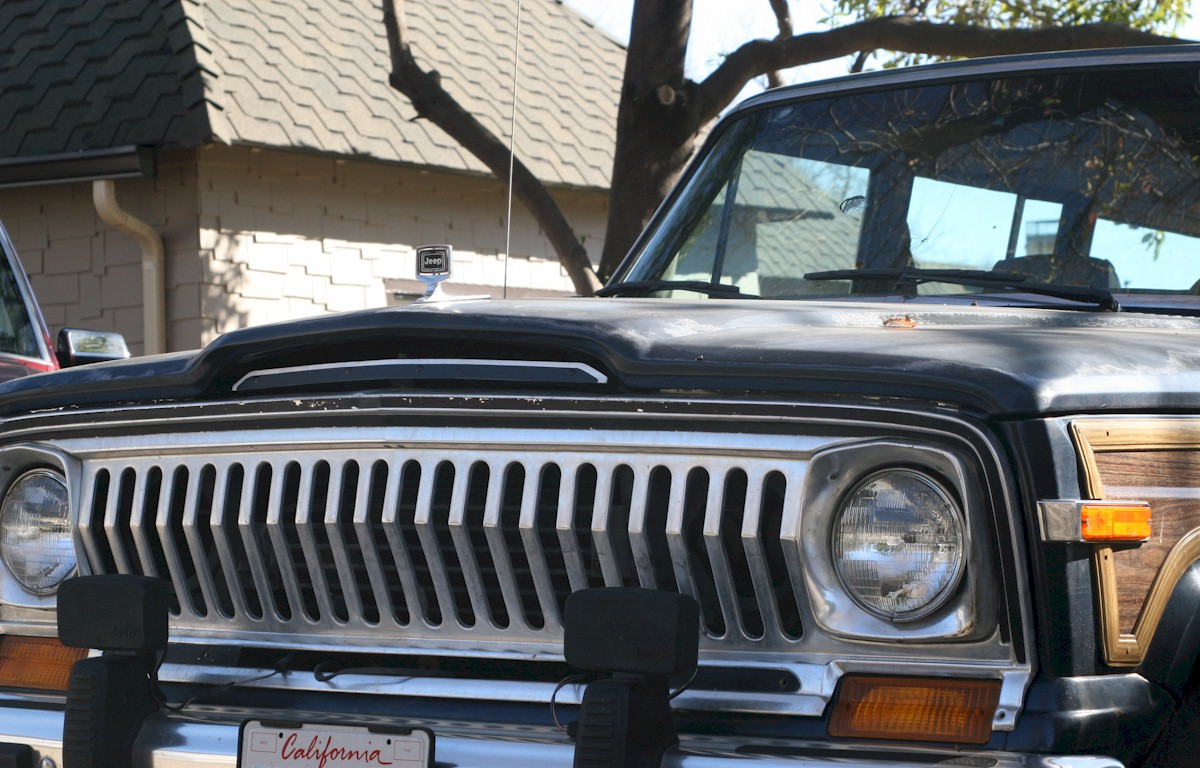 Razor Grille Swap For 1988 Jeep Grand Wagoneer Sj